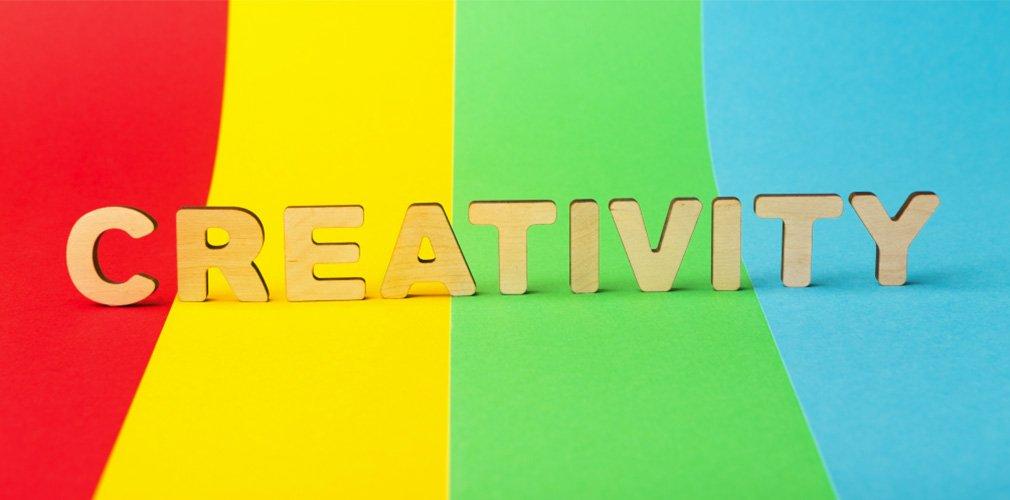 cover-ดีไซน์-นวัตกรรม เติมสีสันธุรกิจ